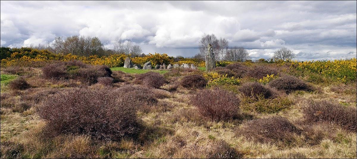 La Croix Saint Pierre est un monument funéraire du site mégalithique de Saint-Just