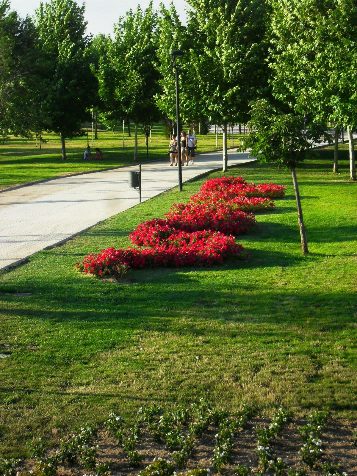 Arte y jardiner a jard n tem tico paisajista europa for Jardin paisajista
