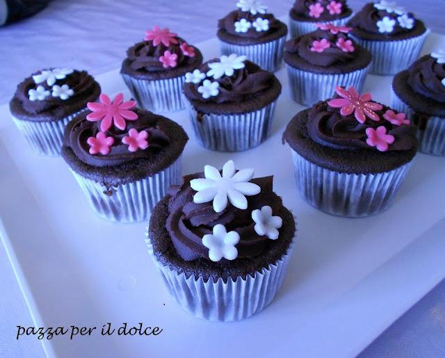 assenza dal blog, due nuovi premi e cupcakes senza glutine