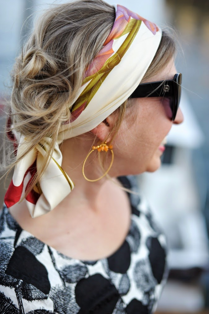 how to wear a headscarf, how to tie a headscarf