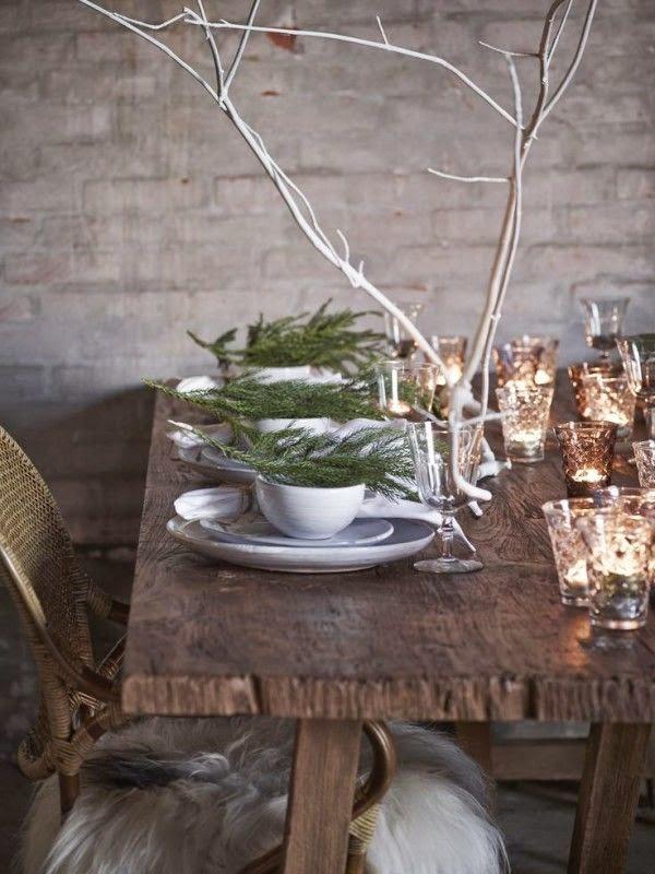 Decoración de mesa rústica con cristalería