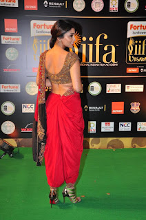 Actress Shriya Saran Latest Pictures in Red Saree at IIFA Utsavam Awards 2016  252812)