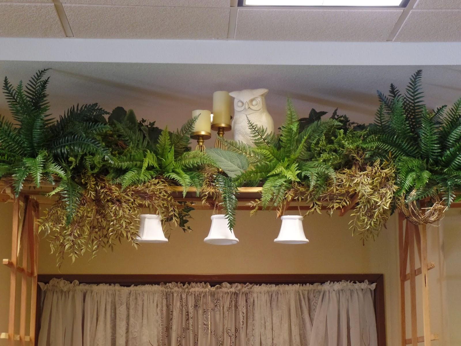 woodsy wedding altar