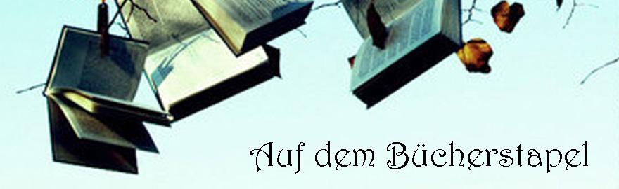 Auf dem Bücherstapel