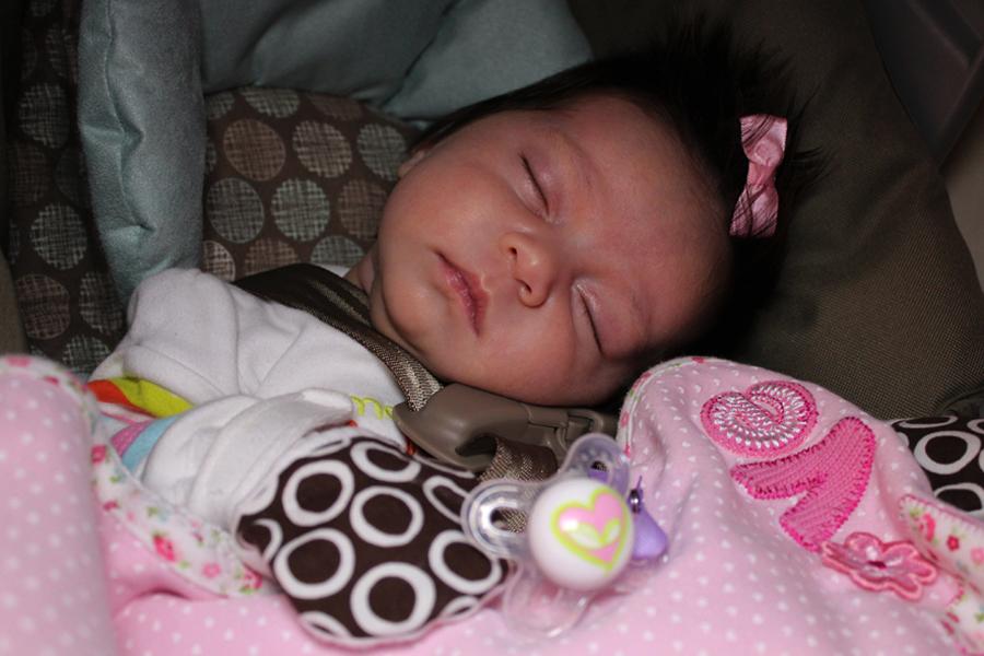 Babies Girls Newborn First Bath Image