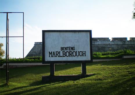 Objek Wisata Sejarah Benteng Marlborough Bengkulu
