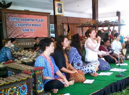 Dharmasiswa Institut Seni Indonesia (ISI) Surakarta