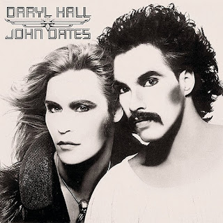 Hall & Oates - Sara Smile (1976) On WLCY Radio