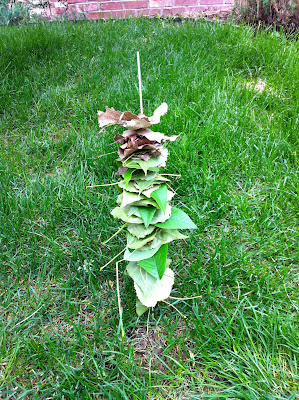 Toddler Leaf Totem Pole www.thebrighterwriter.blogspot.com