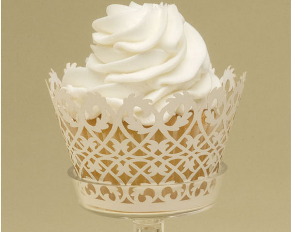 heart of the batter  white wedding cupcakes