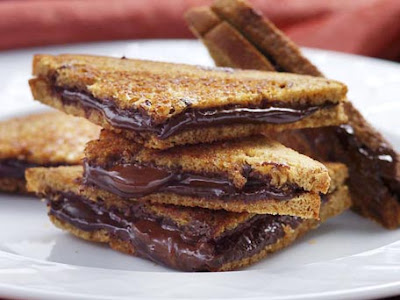 How to make Grilled Chocolate and Cheese Sandwich