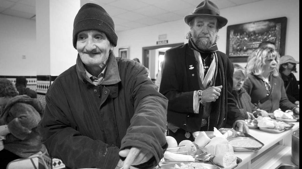 Gastropitecus glot n men de un comedor social en par s for Comedores almacenes paris