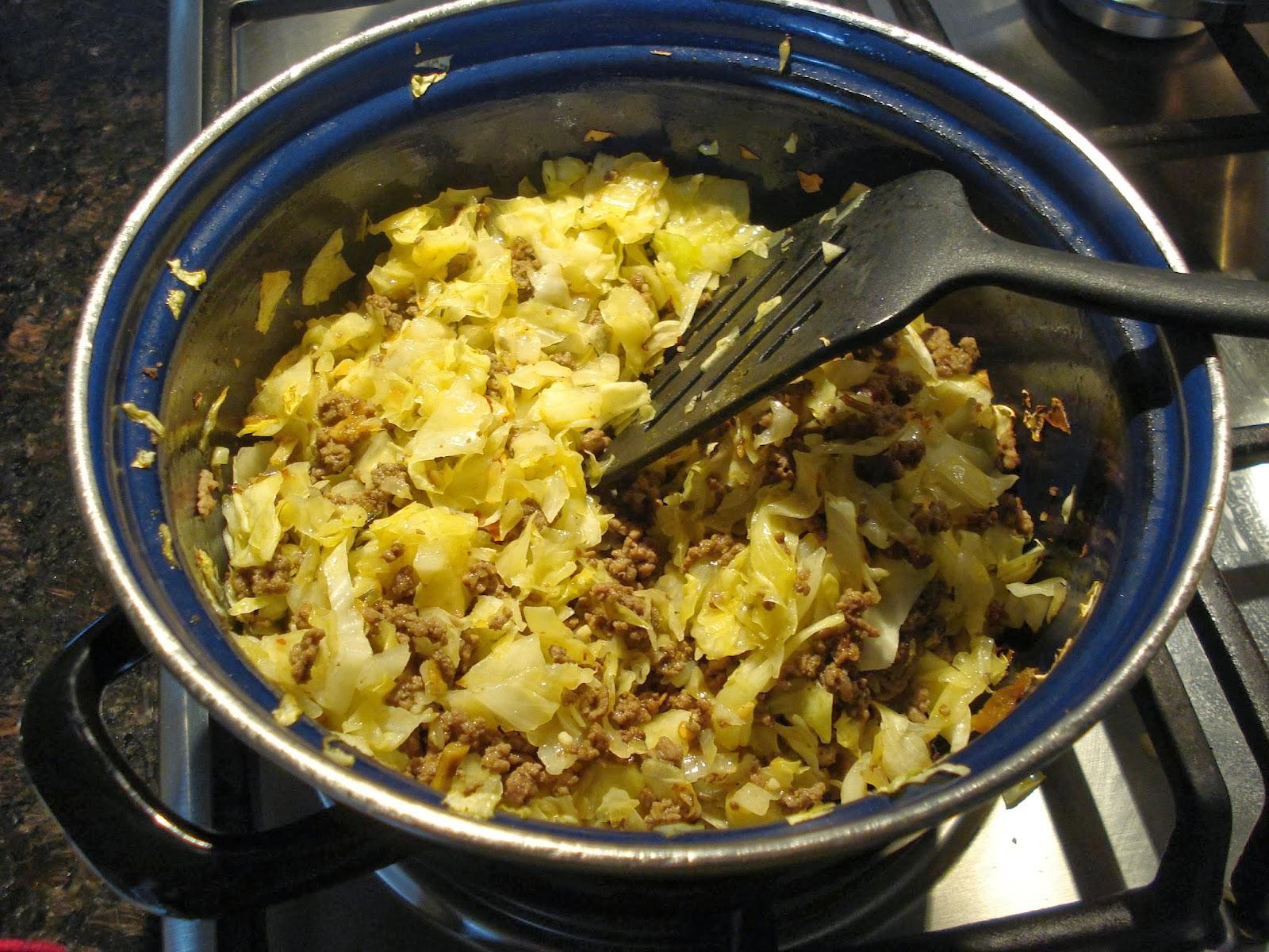 spitskool met gehakt en rijst