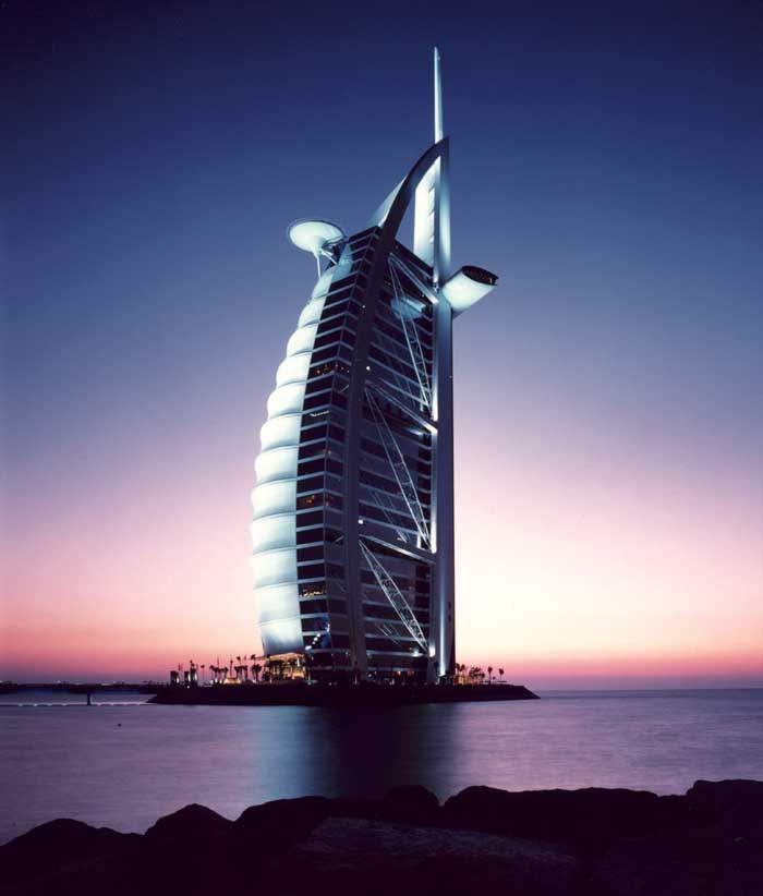The world visit dubai hotel burj al arab for Dubai world famous hotel