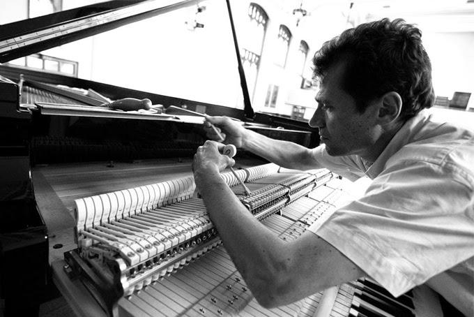 Les accordeurs de piano savent-ils jouer du piano