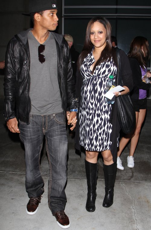 tia mowry and husband. Tia Mowry And Husband Cory