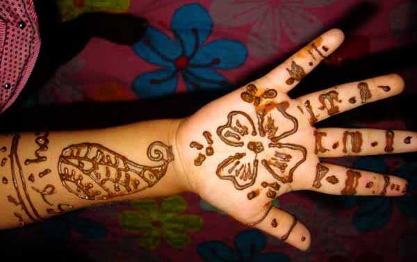 Simple And Easy Mehndi Designs2015 For Kids