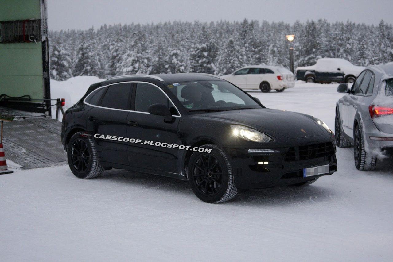 2015 Porsche Macan HD Photos