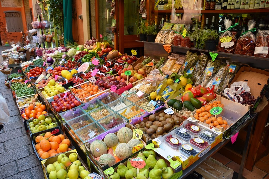 Fresh food in Bologna