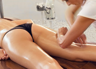 mujeres que dan masajes:
