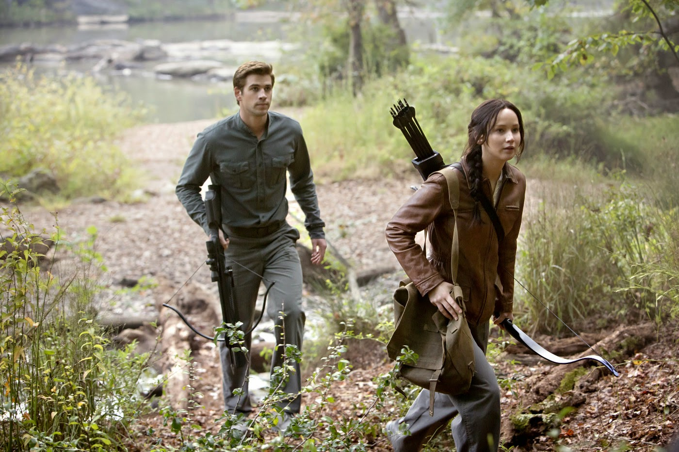 Liam Hemsworth and Jennifer Lawrence in The Hunger Games: Mockingjay part 1