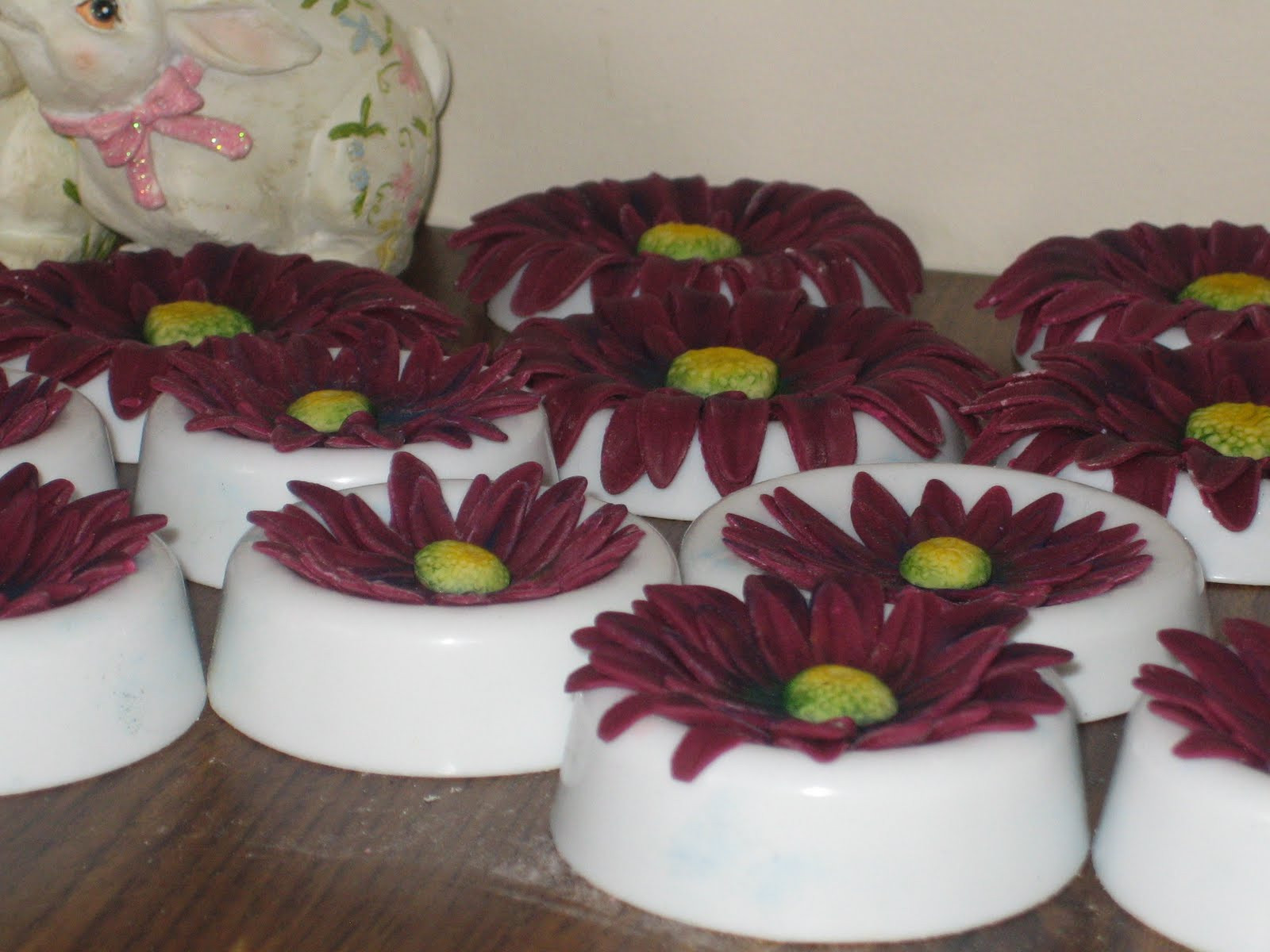 Sweet Simple Custom Cake Design Fondant Gerbera Daisies And My