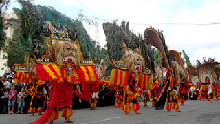 Gemblak, holiday in Indonesia, Reog dance, Tari Reog Ponorogo, Traditional dance, Traditional music, Warok,