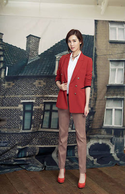 Lee Da Hae Arnaldo Bassini Fall 2013
