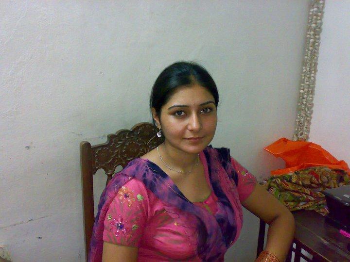 Mahi Vij - Others Bollywood Actress Wallpaper Uploaded by