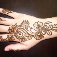 The ladies style henna tattoo for Henna tattoo richardson tx
