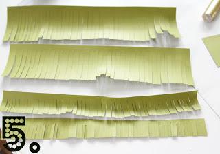 Árvore de natal feita de papel passo a passo
