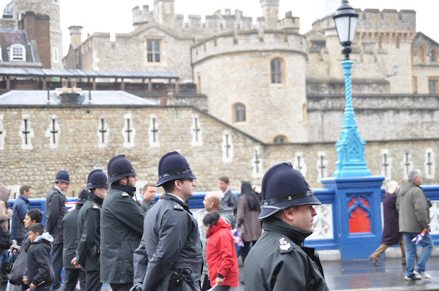 Queen+Diamond+Jubilee+Thames+Pageant+photo+Metropolitan+Police