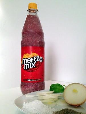 mezzo mix flasche mett küsst zwiebel