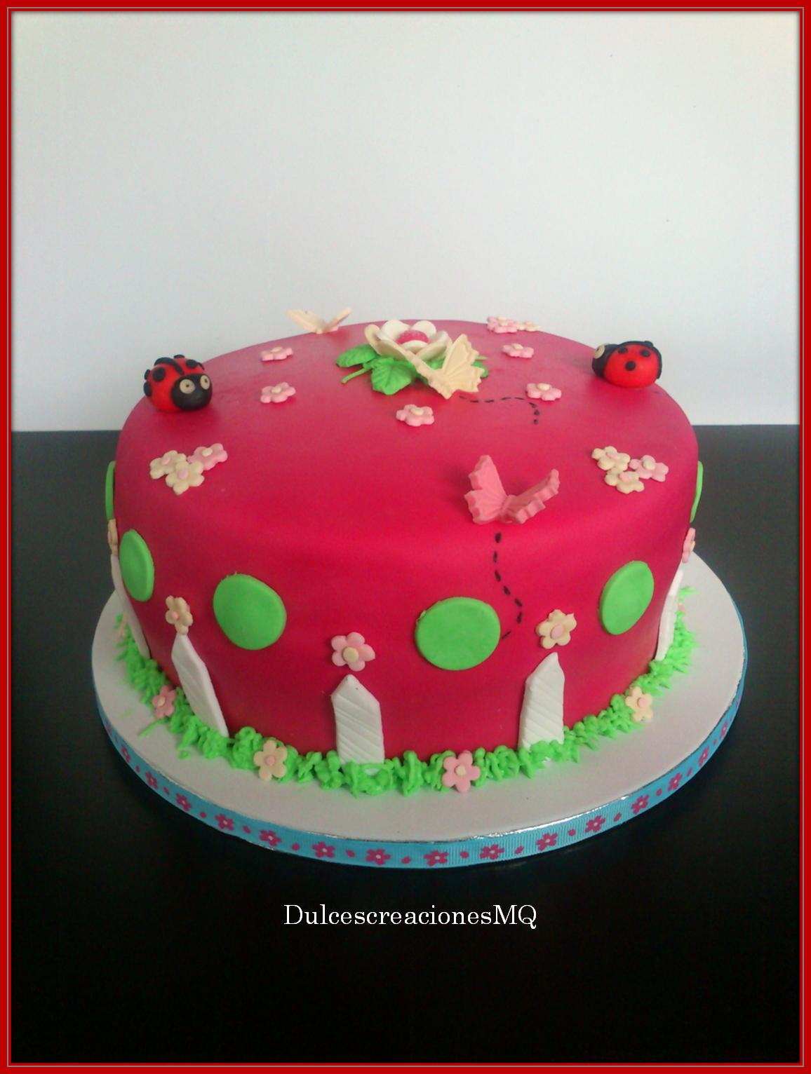 pastel fondant bizcocho madeira sponge cake cumpleaños victoria sponge cake fucsia mariquitas mariposas