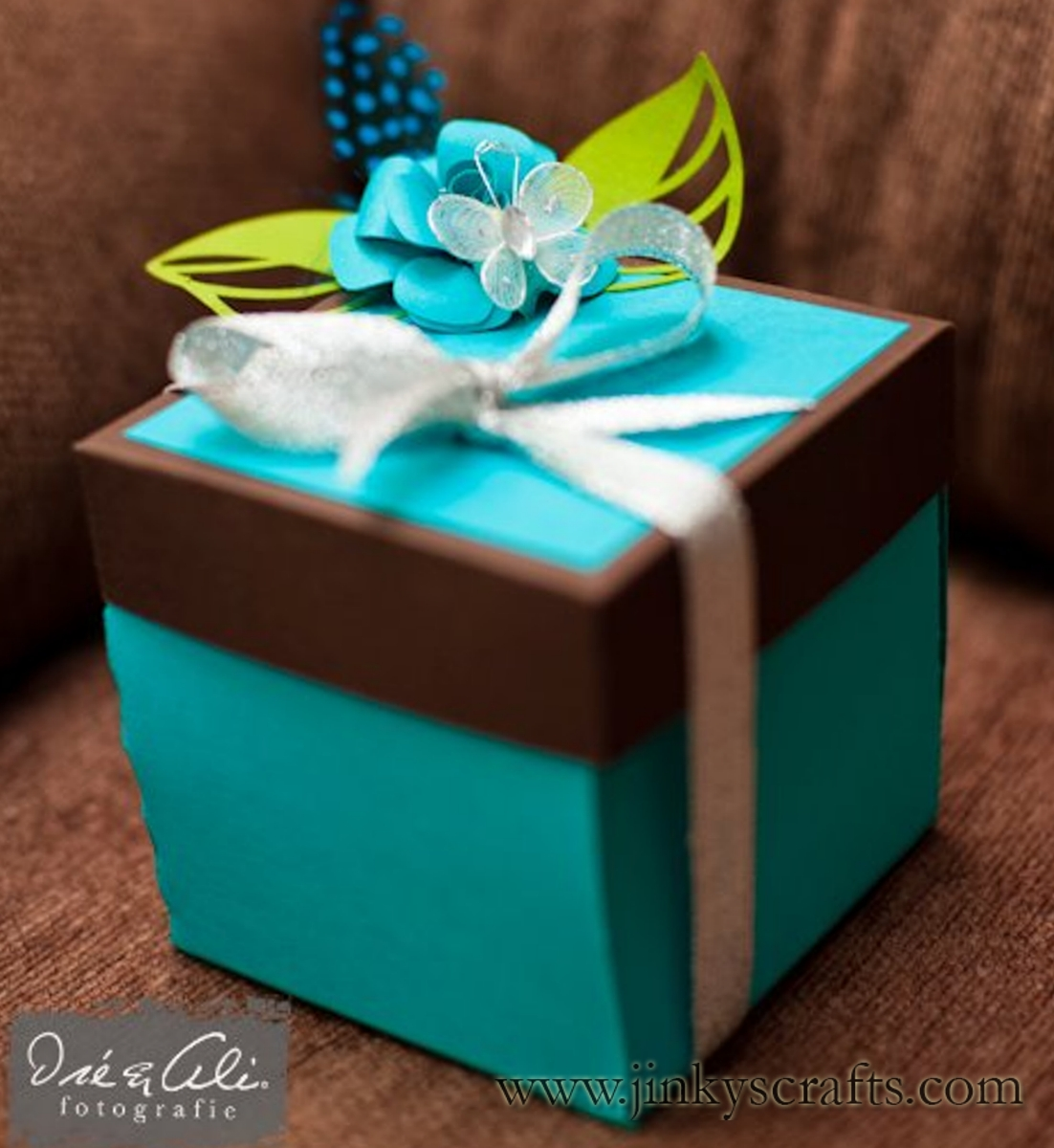 Turquoise Blue Chocolate Brown Color Combo Like It
