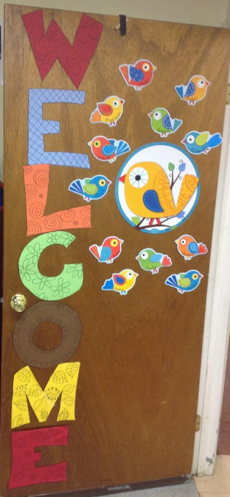 Kara 39 s happy classroom back to school welcome door for Back to school classroom door decoration ideas