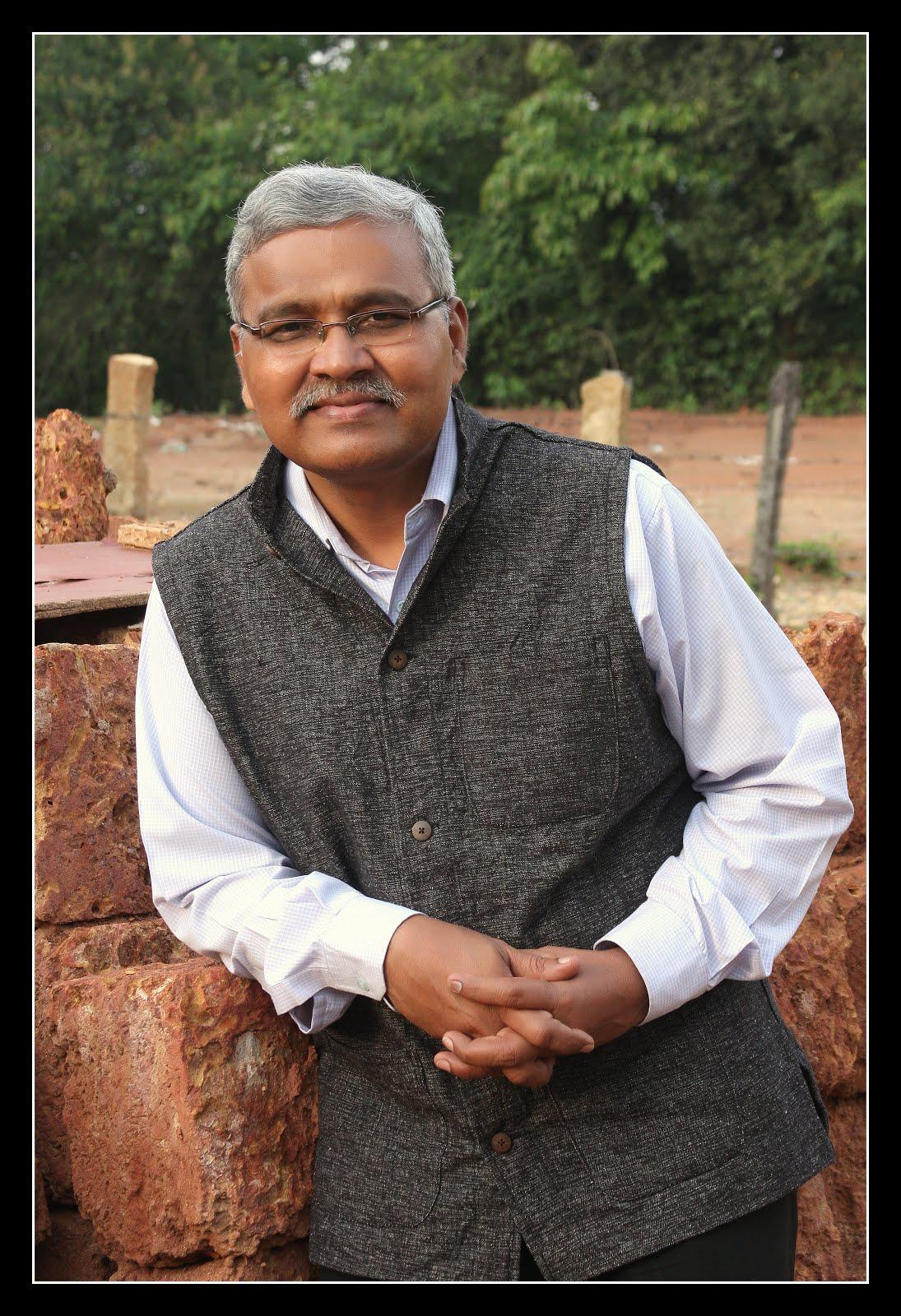 Prof Hari Narke