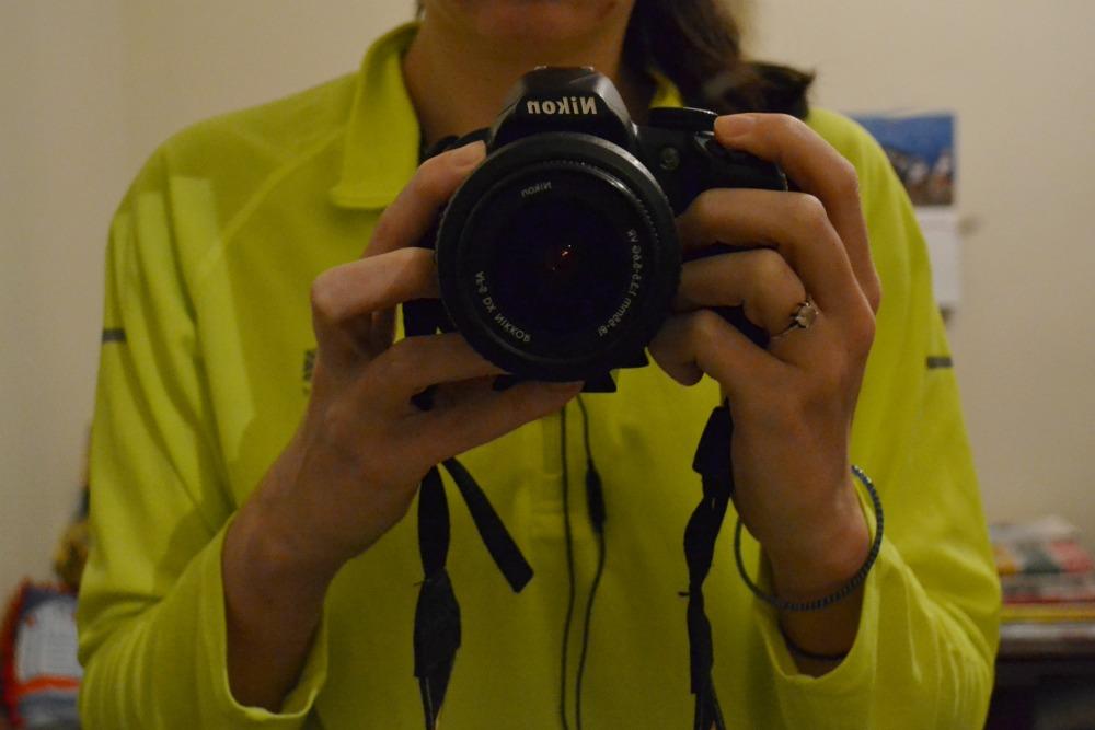 running bright top nikon camera DSLR selfie