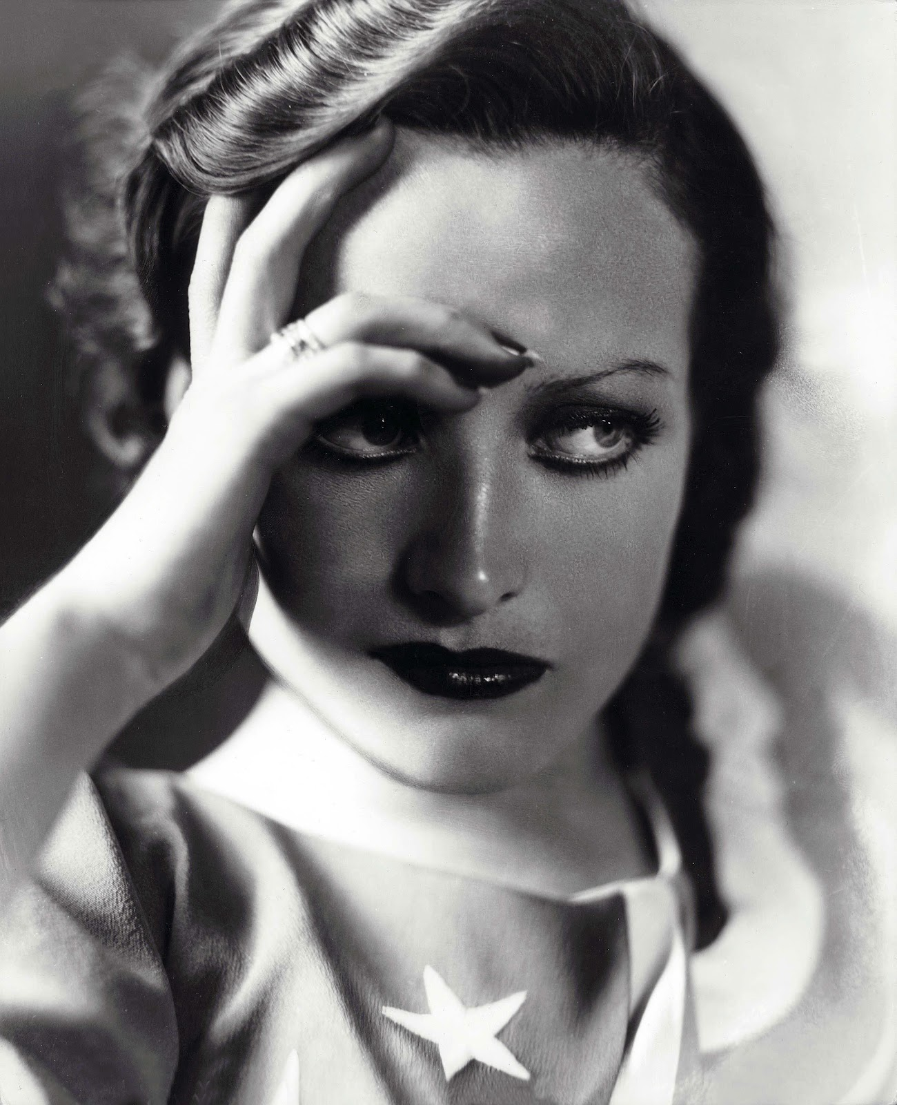 My movie dream book joan crawford a study in glamour for The crawford