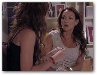 Paloma le cuenta a Mecha que siente algo por Lucas