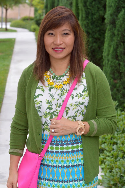 Over 40 Fashion, pattern mixing, OC Blogger, J Crew Factory pencil skirt in green multi geo, Kate Spade New York Henry Lane Aubree Purse
