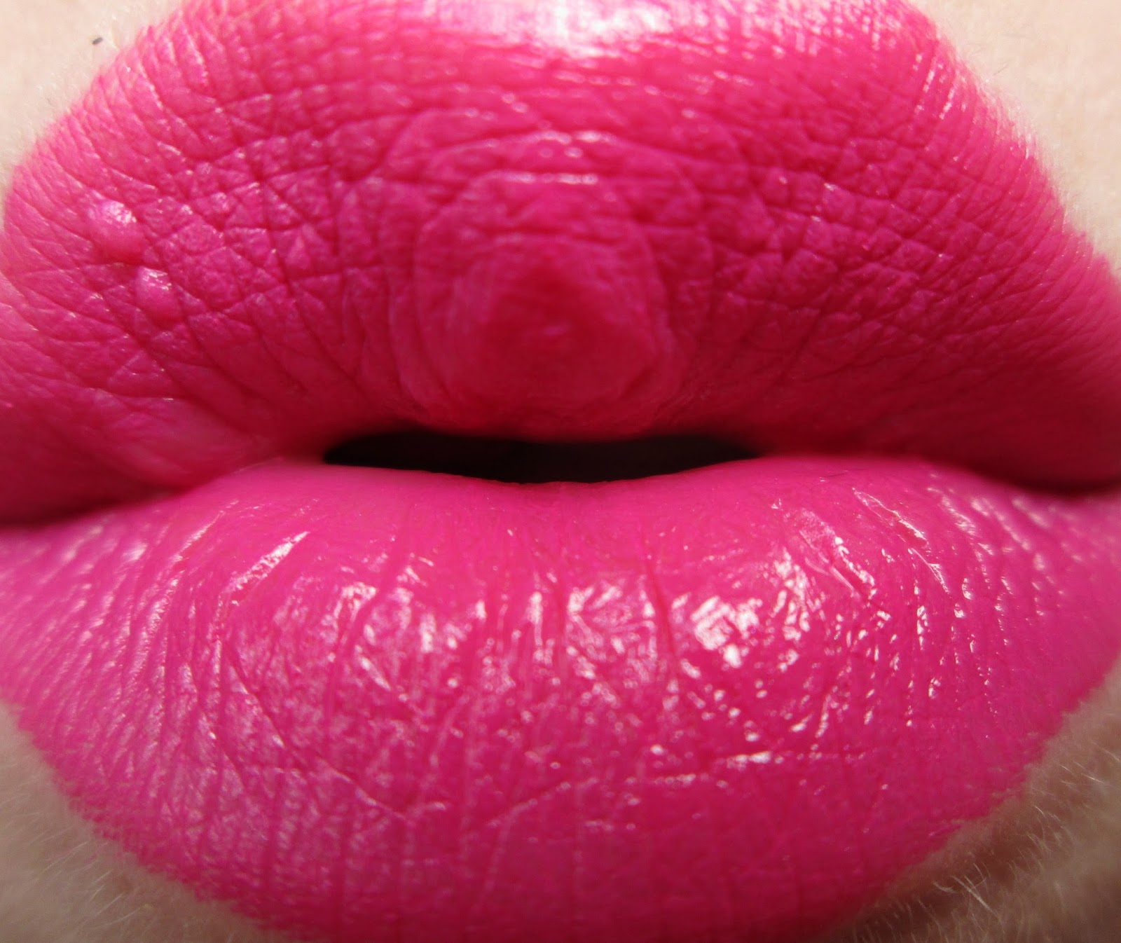 MAC-Girl-About-Town-Swatch