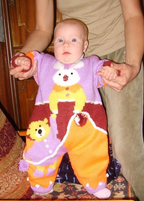 вязанные комбинезоны для малышей крючком