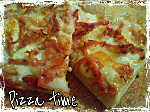 Basilico malva cerfoglio pizza bianca con aglio for Pizza con planetaria