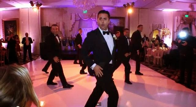 Groom surprises his bride with an amazing choreographed wedding dance