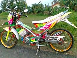 yang tengah mengalihkan banyak perhatian orang serta para pencinta  Kumpulan Gambar Modifikasi Suzuki Satria FU