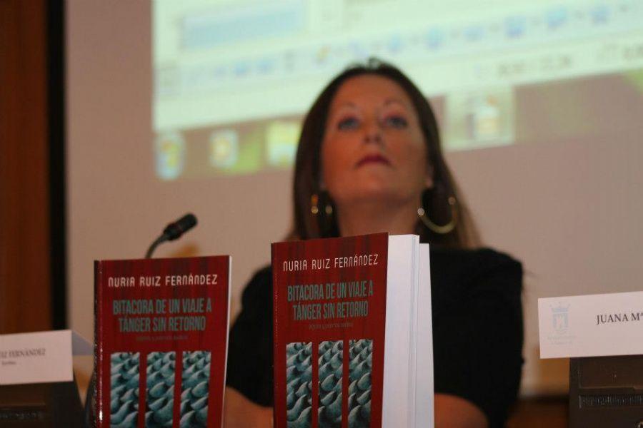 Nuria Ruiz Fernández es una poeta española