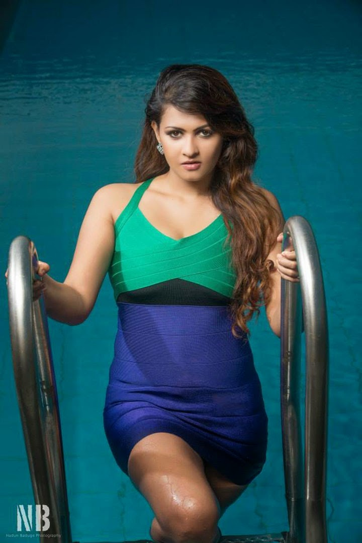 Piumi Purasinghe Bikini Photos