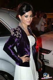 latest images of amrita rao