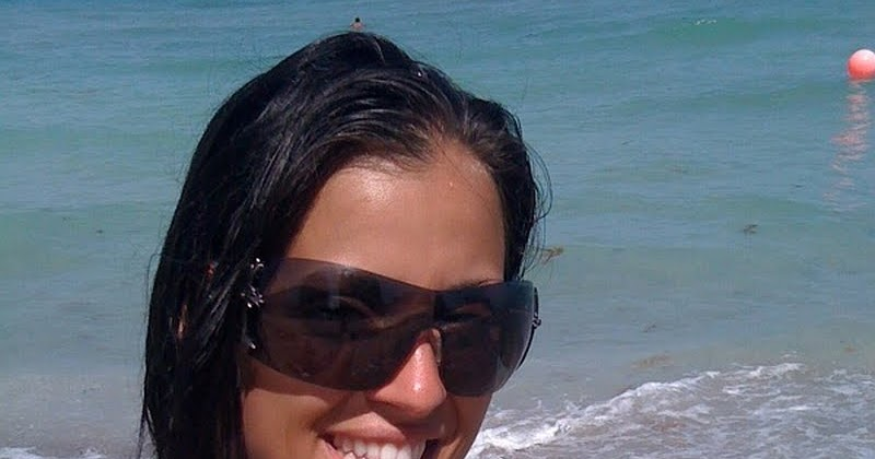 Hot Self Shot Bikini Girls: Beach babes black bikini big